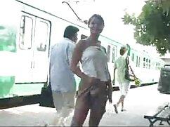 Maestra madura con un tatuaje en el culo eyaculacion sobre un xxx maduras mexicanas miembro del alumno, hace una mamada profunda