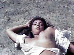 Un hombre recogió a dos prostitutas y se las folló en la sauna del baño maduras mexicanas porno de vapor