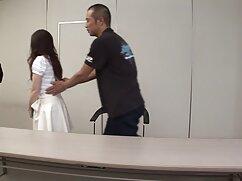 Remy Lacroix mide diferentes tipos de lencería y se folla a mexicana madura nalgona un chico
