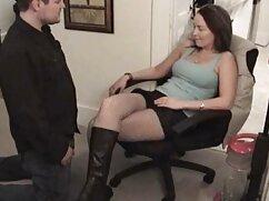 Esposa georgiana hace footjob a chico y porno con mujeres maduras mexicanas luego chupa dick