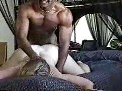 Kopro hace caca pervertida en medias señoras mexicanas calientes frente a la cámara de su marido
