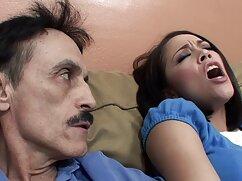 Toma un primer plano del coño afeitado mexicanas maduras caseras de un amigo dormido
