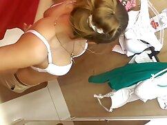 Julia maduras mexicanas casero Mikhalkova mostró sus pechos en la sesión de fotos de portada de Maxim