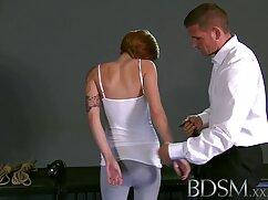 Mujer pelirroja con un gran culo se sentó con un coño en la cara de un hombre y se frotó el maduras mexicanasxxx clítoris