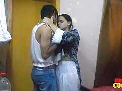 Mujer engaña con dos hombres en señora mexicana xxx su cumpleaños