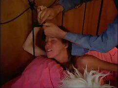 La italiana Valentina Nappi follada en tres mujeres mexicanas maduras cojiendo arcos en el casting de Woodman
