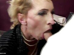 Madura sirvienta mexicana madura porno en medias cabalga la polla negra de un joven negro en un hotel